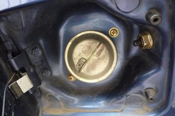 燃料タンクキャップ_01.JPG